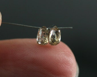 5mm Champagne Diamond Briolette ONE