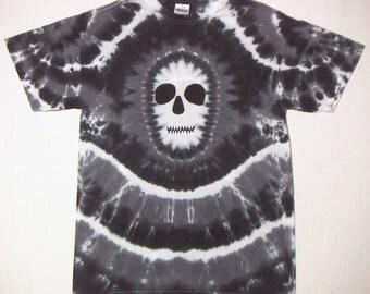 Black and White Zombie Skull Tie Dye T-Shirt Adult Medium