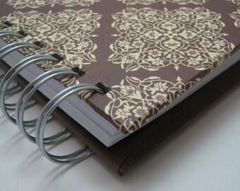 Gratitude Journal/ Pocket Size/ Thankful Journal/ Daily Gratitude/ Mini Journal/ Grateful Journal/ Year Journal/ 1 year/ Brown Damask
