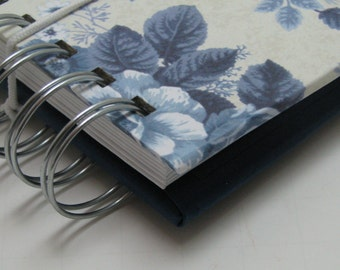 Discount Card Holder/ Loyalty Card Holder/ Gift Card Holder/ Card Wallet/ ID Holder/ Reward Card Holder/ Card Case/ Envelopes/ Blue Floral
