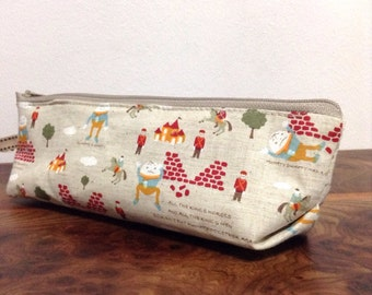 Slim pencil case or brush holder - linen The Humpty Dumpty