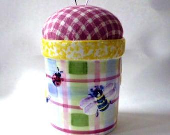 Bees and Butterflies Flowerpot Pincushion