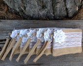 6 Bridesmaid Wristlets, Rustic Bidesmaid Gifts, White Wedding Purse, Burlap Lace Bag, Winter Wedding, Maid of Honor Gift, Bridal Party Gifts