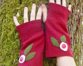 Red Wool fingerless Gloves with Winter Flowers