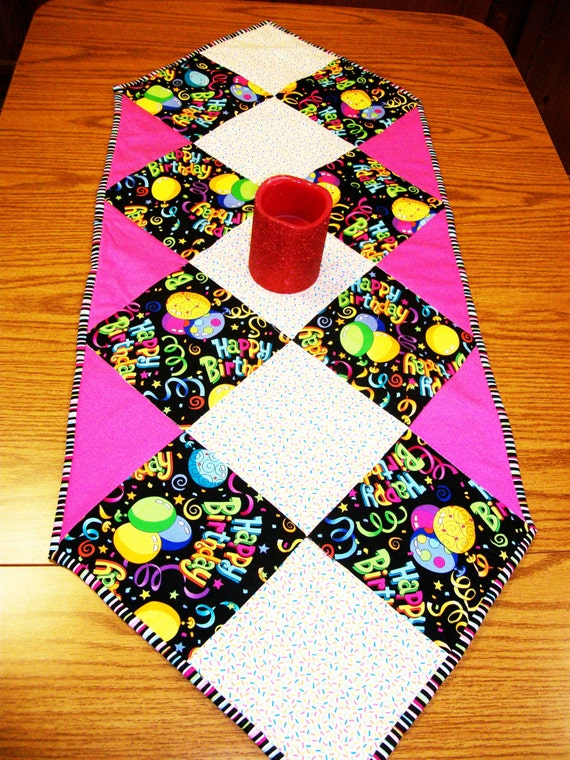 Sew Easy Table Runner pdf Pattern by flowergirldesign on Etsy