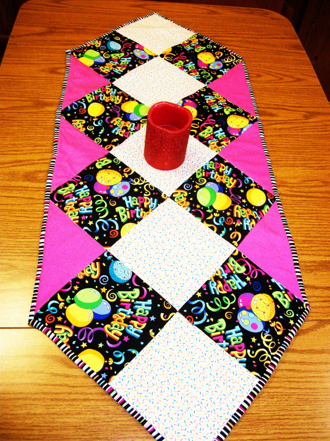 Sew easy table runner pdf pattern for Table design patterns