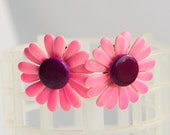 Pink Daisy Earrings Vintage Clip on 1960s Bright Metal Flower Power Daisy Earrings
