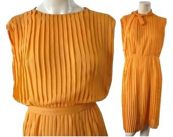 LORIE French Vintage 60s Orange Pleated Dress L/XL
