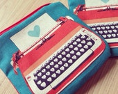 Typewriter zippered pouch (red)