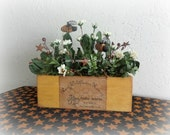 White Daisy and Bumble Bee Floral in wooden container
