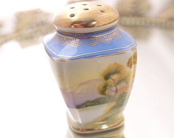 Handpainted Nippon Salt Pepper Shaker Tree Nature Scene