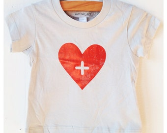 Red Heart Baby Shirt, Heart TShirt, Baby Clothes, Baby Clothing, Heart t-shirt, Baby Shirt, Red Heart Infant shirt, minimalist baby clothes