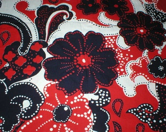 3 1/8 yards 43 wide 70s psychedelic red black floral print cotton fabric
