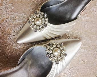 Wedding Shoe Clips, Bridal Shoe Clip, Crystal Shoe clip, Rhinestone Shoe Clip, bridesmaids Shoe clips, Shoe embellishments
