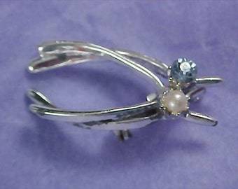 Blue TOPAZ & Simulated PEARL ~ Double WISHBONES Silver Plated Brooch