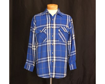 Vintage 70s Weekend at the Cabin Mens Flannel Shirt