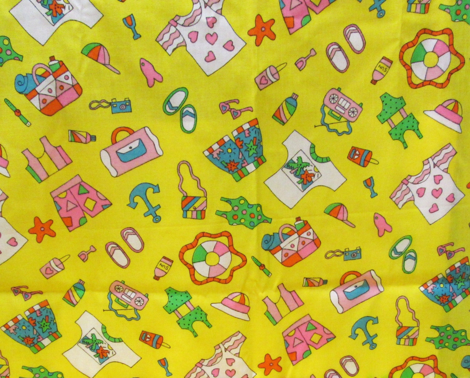 Children novelty print fabric 1 5 yd remnant summer beach for Kids novelty fabric