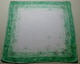Green Handkerchief with Daisies