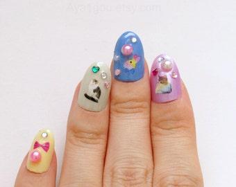 3D nails, fake nails, pastel, fairy kei nails, kawaii nails, cats, animal, bows, glitter, Japanese nail art