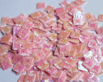 100 Square Sequins.........Baby Pink Color/KBSS248