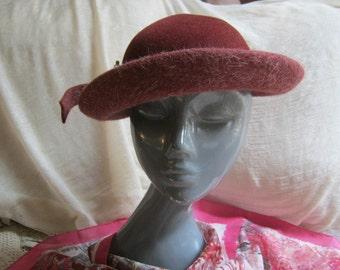 Vintage dusty mauve felted fur hat, dusty plum small shaped hat, angled design mauve plum hat, Chanda wool hat