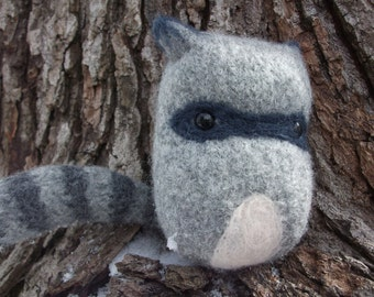 Raccoon plush toy, toy raccoon, hand knit felted raccoon toy, raccoon stuffed animal, raccoon doll, woodland nursery decor, made to order