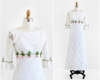 vintage 1960s wedding dress / 60s wedding dress / White Lace Woodland Gown with Pink Roses