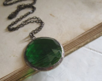 Green Faceted Glass Necklace Jewelry