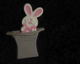 1975 Avon Tophat Bunny pin