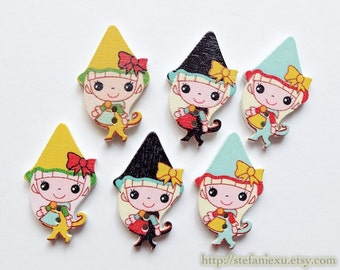 Wooden Buttons, Printed Color - Lovely Fairy Tale Maiden Holiday Hat Girls, Choose Color (4PCS)