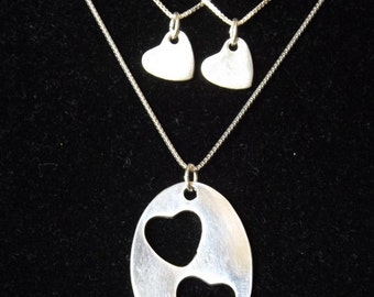 Mother Two Daughter necklace set, Mother Daughter hearts, Mommy and me necklace, Mother's Day gift, Girl Mom gift, Daughter necklace set