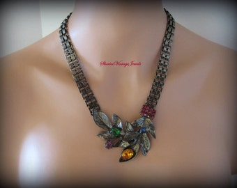 Vintage Roz Kaplan Crystal Rhinestone Bookchain Necklace Repousse Leaves Floral Design New Old Stock