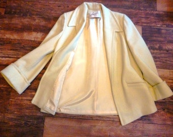 Vintage 1970s Pale Yellow Spring Swing Coat, Jacket, Open Style