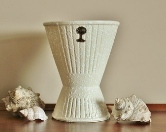 Vintage Mid Century Sequoia Ware USA Pottery  Vase