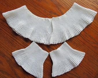 Vintage Victorian Hand Knit Collar and Cuffs Set