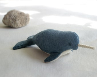 Eco-friendly Narwhale - Narval Soft Sculpture / Plush Toy - Peluche Endangered Babies, Vegan, Eco-Felt & Organic Cotton [narval, blue azul]