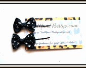 Rockabilly Hair Bow Clips in Black and White Stars ....set of two