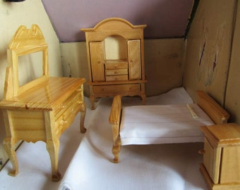 SALE Vintage Miniature Wooden 4 Pc Bedroom Set. Dollhouse Furniture