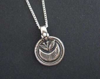 Lotus Necklace, Sterling Silver Necklace, Lotus Pendant Necklace, Silver Necklace, Buddhist Jewelry, Yoga Jewelry, Lotus Flower