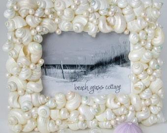 Beach Wedding Gift, Beach Wedding Frame, Coastal Beach Decor, Nautical Decor, Seashell Picture Frame, Turbo Shell Photo Frame,  5x7 - #TSF57