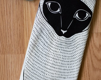 Siamese Cat Tea Towel, Cat Kitchen Towel, Cat Dishcloth, Cat Lover Decor, Cat Lady Gift, Home Essentials, Gift for Her, Animal Lover Gift