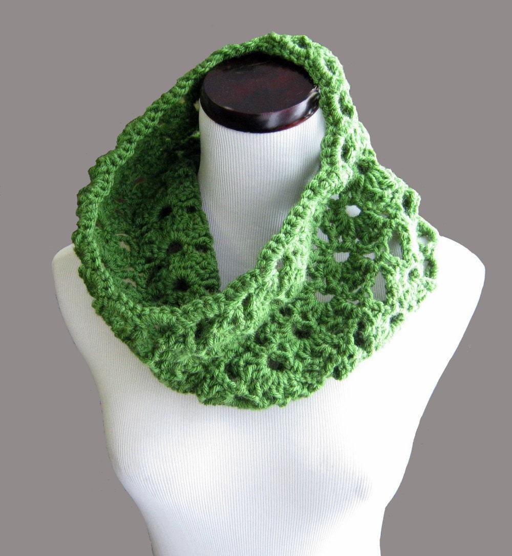 crochet pattern pdf green crocheted cowl s