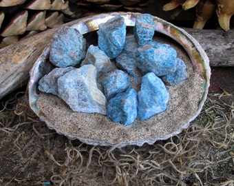 Rita's Rough Apatite Ritual Crystal - Insight, Creativity, Imagination. Release, Higher Consciousness