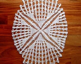 """DOILY Large Unique CROCHETED LACE Cotton Crochet Ecru Sharp Net Large Oval 34"""""""