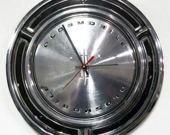 1969 Oldsmobile 88 98 Hubcap Clock - Olds Classic Car Hub Cap Decor - SALE