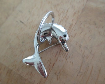 vintage costume jewelry  /  DOLPHIN BROOCH