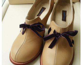 Juliet in beige with purple velvet ribbon, very soft and comfortable with arch support