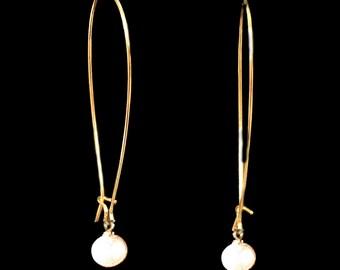 Minimal Gold earrings, Pearl earrings, Long Earrings, Delicate earrings, Modern jewelry, Dangly earrings, Under 20 jewelry