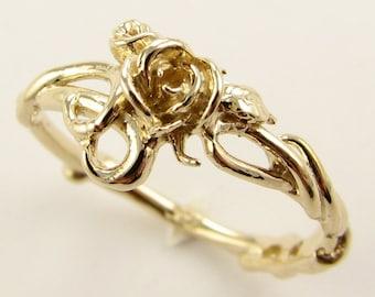 Rose Garden Ring in Yellow Gold