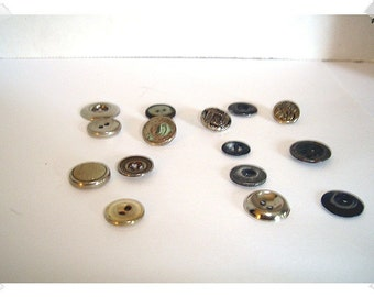 Vintage Metal Buttons/ Assorted Lot / Craft Supplies/(#226)*